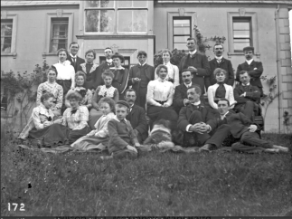 william-fee-mckinney-22present-were-member-of-all-the-leading-carnmoney-families22-sentry-hill-3rd-june-1902-from-nmni-collections.png